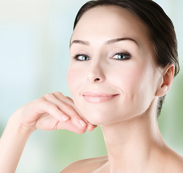 Beautiful-Woman-Face-closeup